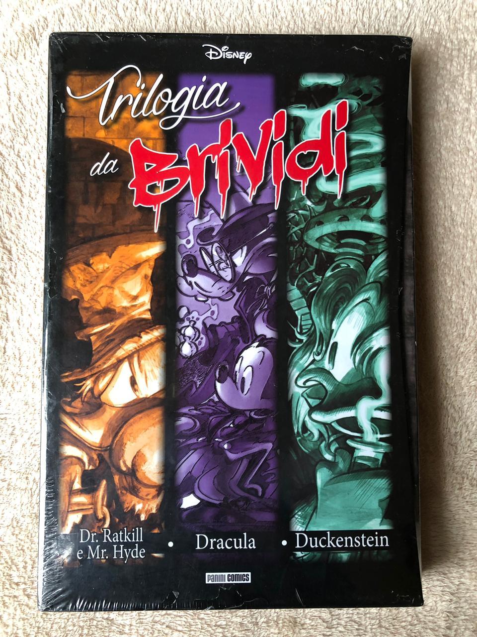 5° lote - Box com três revistas italianas – Drácula, Duckstein, Dr. Ratkill e Mr. Hyde (importada, capa dura)